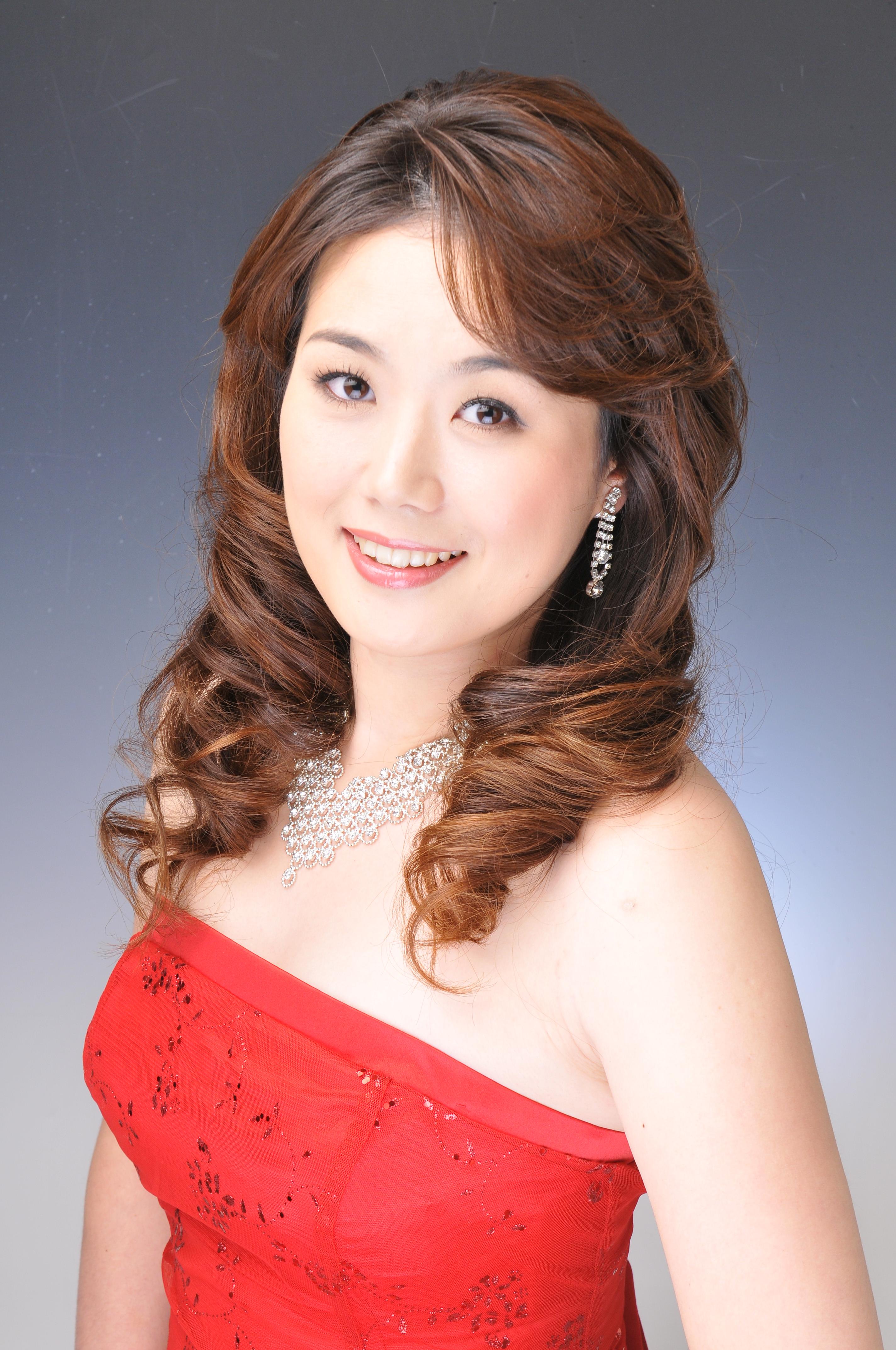 オペラと日本文化を一緒に紹介したい 日本人ソプラノ歌手宗田舞子さん Ny1page
